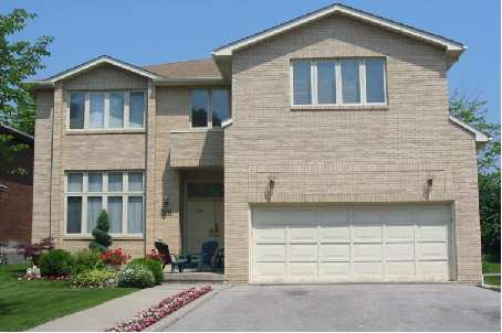 SOLD IN 1 DAY!!!  316 JOICEY BLV $1,366,000